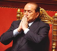 Silvio Berlusconi visits U.S.: he seeks support in elections?