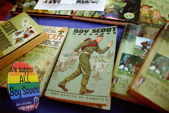Gays allowed to be US boy scouts' leaders. Boy scouts