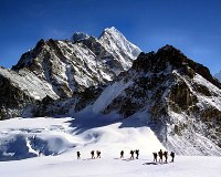 More than 100 mountain climbers disappear in India's Himalayas