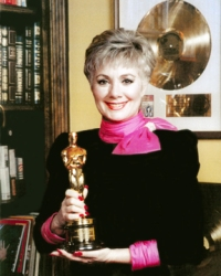 Shirley Jones honored by Pittsburgh Civic Light Opera for contribution to musical theater