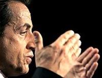 Nicolas Sarkozy and Segolene Royal advance to French runoff