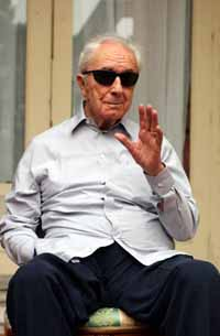 Michelangelo Antonioni's funeral held in Ferrara, northern Italy