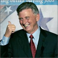 Mike Beebe wants Arkansas to join others in apologizing for their roles in slavery