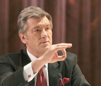 Washington tired of Ukrainian president and his puppet theater