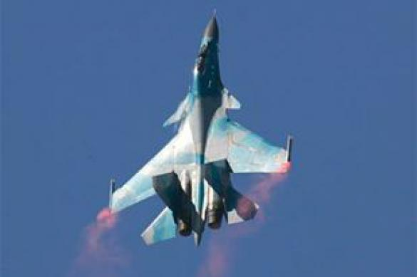 India and Britain hold fight between Su-30 and 'Typhoon'. Air fighter