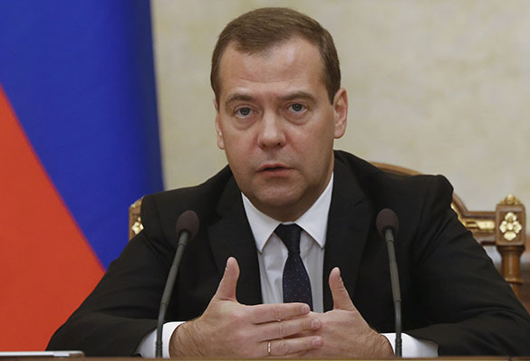 Russian PM Medvedev speaks about Ukrainian crooks and Turkish traitors. Prime Minister Dmitry Medvedev