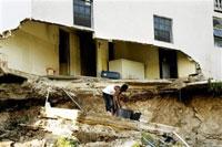 Powerful earthquake shakes eastern Caribbean