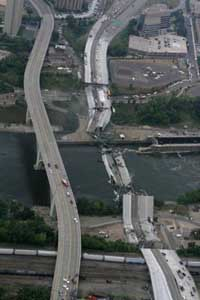 Death toll dips to 4 in Minneapolis bridge collapse but final number could change