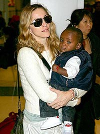 Malawian officials praise Madonna's adoption of impoverished boy