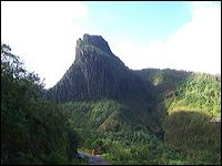 Volcano gets active in Indonesia