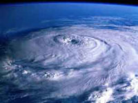 Powerful cyclone slams into Bangladesh