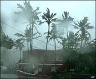 Hurricane Florence churns past Bermuda