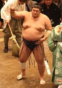 Baseball Ruins Sumo Wrestler's Life