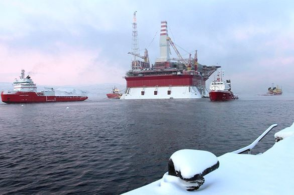 Russia takes Arctic under control, while US has no Arctic development strategy. Russia takes Arctic