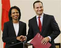 Poland signs missile defense deal with USA despite Russia's warnings
