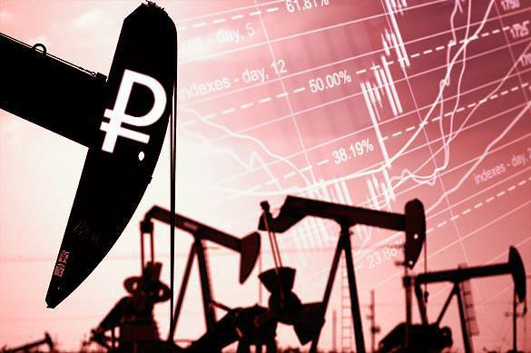 Kremlin cautiously watches currency and oil prices fluctuations. Oil prices declining