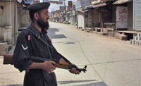 Twin suicide attacks death toll in Pakistan reaches 37