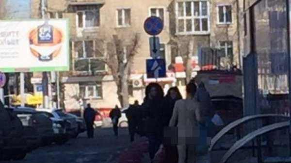 Naked woman on Karl Marx Square startles passers-by in Novosibirsk. 59956.jpeg
