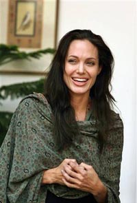 Angelina Jolie arrives in Mumbai to shoot movie about slain American reporter
