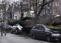 Hurricane Cyrill hammers Europe, killing at least 30