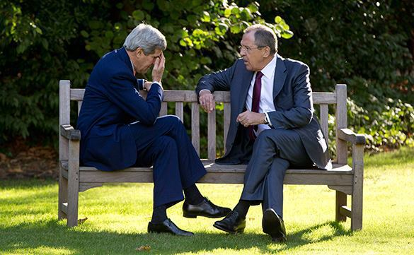 John Kerry asked Russian FM Lavrov pay no mind to Obama's bellicose statements. 53981.jpeg
