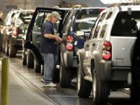 Chrysler does not announce number of workers taking buyout offers