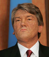 Viktor Yushchenko's face and hands: story of struggle