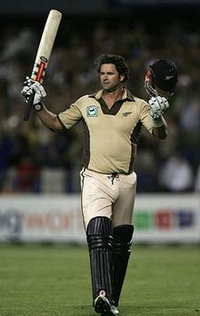 Chris Cairns to contest in Indian Cricket League