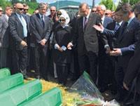 About 50,000 Attend 15th Anniversary of Srebrenica Massacre