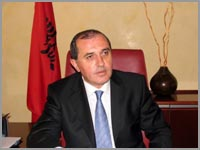 Albanian Foreign Minister resigns