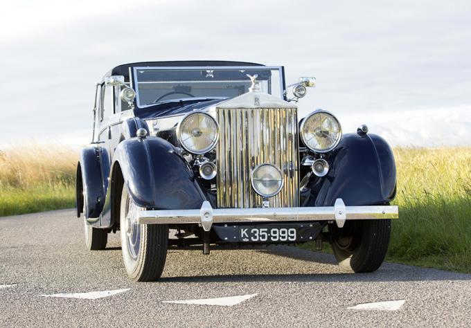 007 Luxury cars
