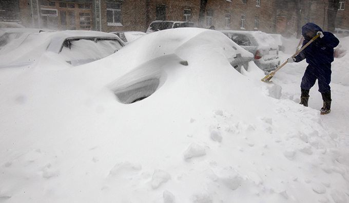 Russia and Ukraine step into Snow Age Spring in Russia is nowhere near snow