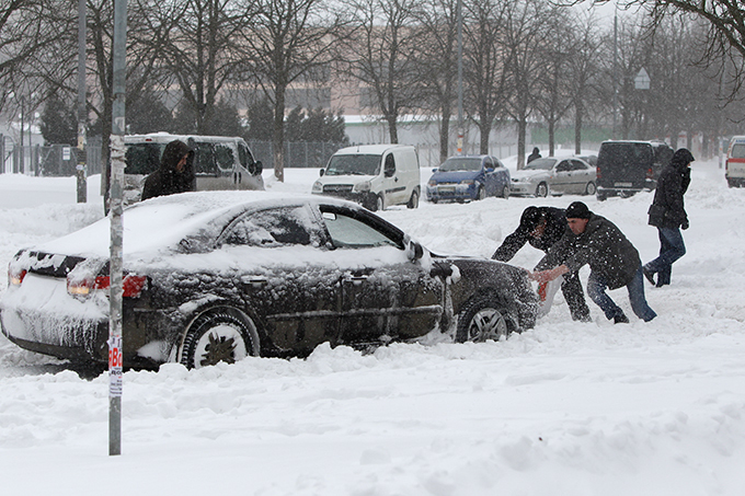 Russia and Ukraine step into Snow Age  snow