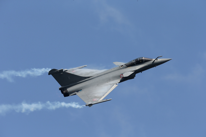 Rafale in action In the late 1970s, the French Air Force and Navy were seeking to replace and consolidate their current fleets of aircraft. rafale