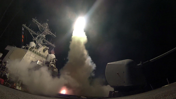 Tomahawk missiles flying to Shayrat airbase Russia s Defense Ministry assessed  the combat effectiveness of the US cruise missile strike at the airbase in Syria as  extremely low.  tomahawk