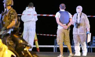 Terror in Nice: 84 killed when people enjoy Bastille Day fireworks. Video