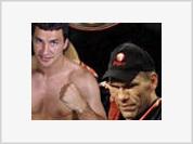 Wladimir Klitschko says he takes challenge to fight Nikolai Valuev