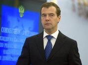 Russians value Medvedev for intellect, professionalism and modesty