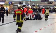 Man with an axe attacks passengers on railway station in Dusseldorf