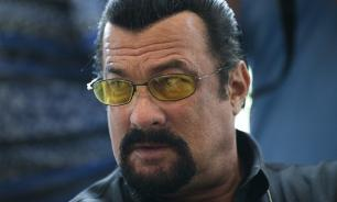 Steven Seagal receives Russian citizenship on Putin's personal decision