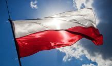 Donald Trump coming to Poland to let Poles kiss dust on his boots