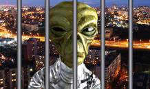 In Ufa, police arrest stubborn 'alien.' Video