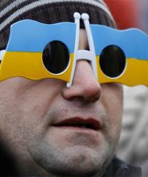 Ukraine ready for ultra-right military coup