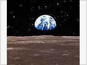 Astronauts will land the Moon with spades to dig for helium-3