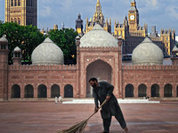 British Muslims unwilling to integrate into British society