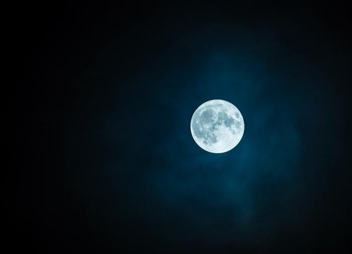Russian lunar exploration program dies