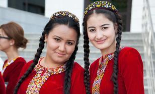 Women of Turkmenistan to receive $11 from President for International Women's Day