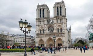 Exterminating Christianity in France to create the new French