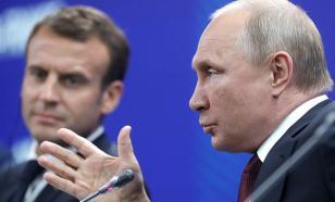 Putin makes two suggestions about Alexei Navalny to Emmanuel Macron