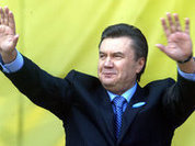 Yanukovych acts as if nothing happens in his country